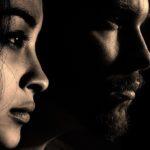 scahduw man en vrouw